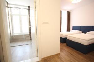 Riverside Residence, Guest houses  Sarajevo - big - 10
