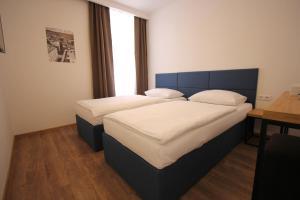 Riverside Residence, Guest houses  Sarajevo - big - 11