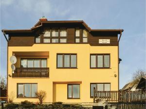 One-Bedroom Apartment in Nova Lesna