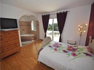 Holiday home Bd. Florentin Brigaud, Case vacanze  Sainte-Maxime - big - 10