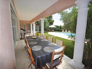 Holiday home Bd. Florentin Brigaud, Case vacanze  Sainte-Maxime - big - 25