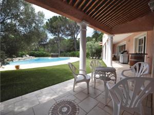 Holiday home Bd. Florentin Brigaud, Case vacanze  Sainte-Maxime - big - 32