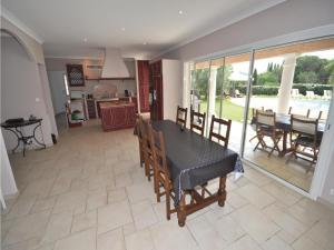 Holiday home Bd. Florentin Brigaud, Case vacanze  Sainte-Maxime - big - 8