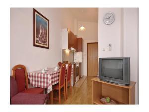 Apartment Mandre Velebitska II, Апартаменты  Mandre - big - 8