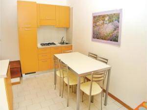 Holiday home Rosolina Mare *LXXVI *, Case vacanze  Rosolina Mare - big - 6