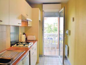 Apartment Frejus Avenue Andre Leotard, Apartmanok  Fréjus - big - 12