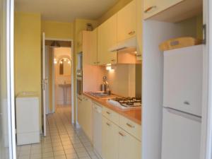 Apartment Frejus Avenue Andre Leotard, Apartmanok  Fréjus - big - 14