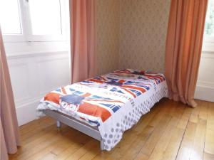 Four-Bedroom Apartment in Ocquerre, Апартаменты  Ocquerre - big - 13