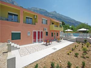 Apartment Makarska with Sea View XII, Апартаменты  Макарска - big - 9