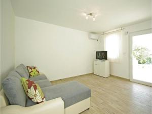 Apartment Makarska with Sea View XII, Апартаменты  Макарска - big - 8