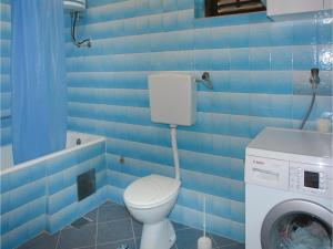 Apartment Kastel Novi III, Апартаменты  Каштела - big - 3