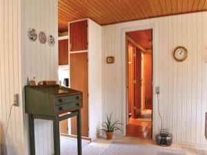 Three-Bedroom Holiday Home in Ebeltoft, Дома для отпуска  Эбельтофт - big - 10
