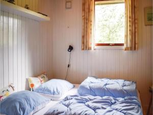 Three-Bedroom Holiday Home in Ebeltoft, Case vacanze  Ebeltoft - big - 5