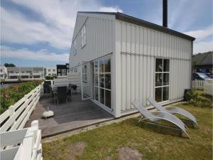 Krabben 390, Holiday homes  Ebeltoft - big - 14