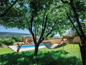 Five-Bedroom Holiday Home in Prolozac Donji, Holiday homes  Donji Proložac - big - 37