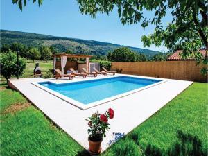 Five-Bedroom Holiday Home in Prolozac Donji, Holiday homes  Donji Proložac - big - 28