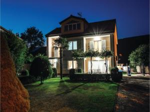 Five-Bedroom Holiday Home in Prolozac Donji, Holiday homes  Donji Proložac - big - 11