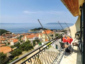 Three-Bedroom Apartment in Makarska