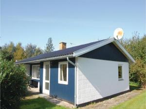 Holiday home Pelargonievej, Case vacanze  Bøtø By - big - 3
