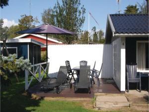 Holiday home Pelargonievej, Case vacanze  Bøtø By - big - 11