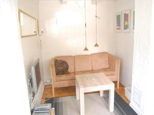 Holiday home Pelargonievej, Дома для отпуска  Bøtø By - big - 4