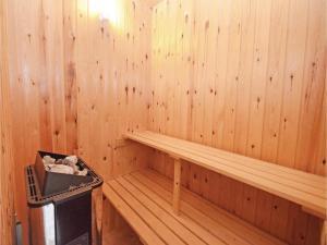 Holiday home Snebollevej Væggerløse IV, Holiday homes  Bøtø By - big - 5
