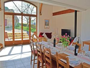 Holiday home Degagnac 99 with Outdoor Swimmingpool, Case vacanze  Dégagnac - big - 8
