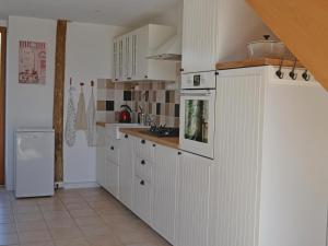 Holiday home Degagnac 99 with Outdoor Swimmingpool, Case vacanze  Dégagnac - big - 21