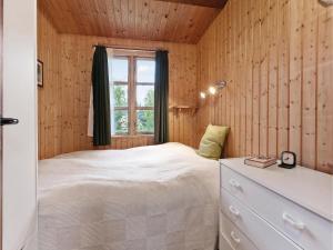 Holiday Home Stege with Fireplace 10, Dovolenkové domy  Pollerup Kullegård - big - 2