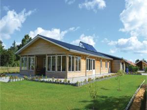 Three-Bedroom Holiday Home in Juelsminde, Prázdninové domy  Sønderby - big - 10