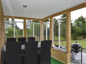 Three-Bedroom Holiday Home in Juelsminde, Дома для отпуска  Sønderby - big - 13