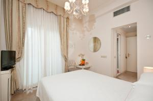 Grand Hotel Gallia, Hotels  Milano Marittima - big - 10