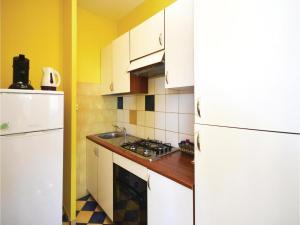 One-Bedroom Apartment in Jelsa, Apartmanok  Jelsa - big - 19