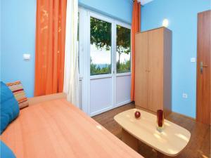 One-Bedroom Apartment in Jelsa, Apartmanok  Jelsa - big - 13