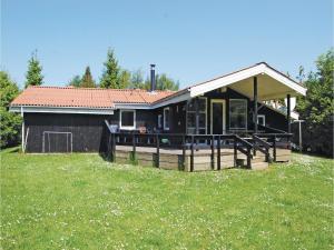 Holiday home Pøt Strandby Dnmk I, Дома для отпуска  Sønderby - big - 1