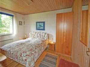 Four-Bedroom Holiday home Fårvang with a room Hot Tub 08, Nyaralók  Fårvang - big - 17
