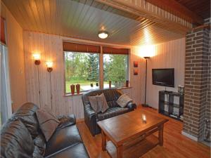 Three-Bedroom Holiday home Fårvang with a Fireplace 09, Дома для отпуска  Fårvang - big - 9