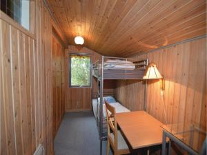 Three-Bedroom Holiday home Fårvang with a Fireplace 09, Дома для отпуска  Fårvang - big - 3
