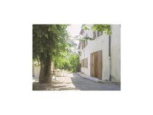 Holiday Home la Crotte - 04, Dovolenkové domy  Silhac - big - 2