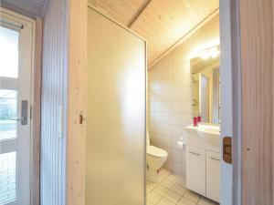 Three-Bedroom Holiday Home in Juelsminde, Ferienhäuser  Sønderby - big - 5