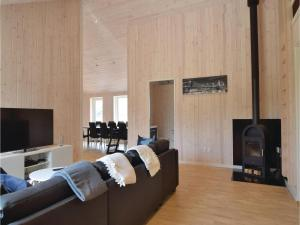 Four-Bedroom Holiday Home in Juelsminde, Ferienhäuser  Sønderby - big - 4