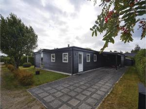 Four-Bedroom Holiday Home in Juelsminde, Nyaralók  Sønderby - big - 9