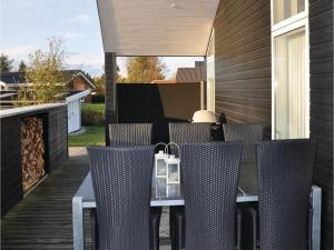 Holiday home Asbo, Дома для отпуска  Sønderby - big - 14