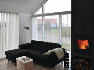 Holiday home Asbo, Дома для отпуска  Sønderby - big - 9
