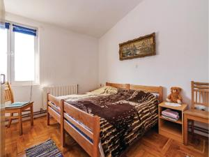 Apartment Posedarje with Sea View 09, Апартаменты  Posedarje - big - 18
