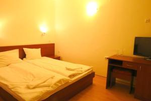 Edelweiss Park Hotel, Hotely  Bansko - big - 51