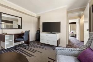 DoubleTree by Hilton Milwaukee/Brookfield, Hotels  Brookfield - big - 14