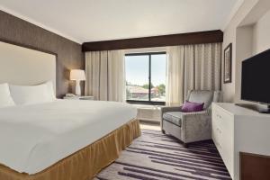 DoubleTree by Hilton Milwaukee/Brookfield, Hotels  Brookfield - big - 22