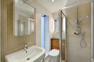 101 Lexham Gardens APT. 9, Appartamenti  Londra - big - 17