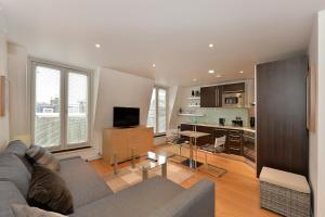 101 Lexham Gardens APT. 9, Apartmanok  London - big - 20